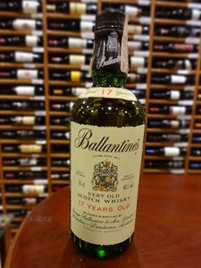 Picture of Ballantine's 17 Year Old 0.75l/ Scotch Blended Whisky 43% vol. Old Label