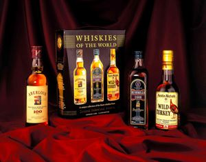 Picture of Whiskies of the World/ 3 x 0.33,3l/ Aberlour & Bushmills & Wild Turkey